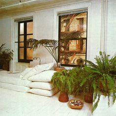 THE BED AND BATH BOOK - Terence Conran 1978