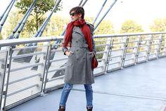 płaszcz, jak nosić płąszcz, brytyjska kratka, porady stylistki, stylistka poznań, jesienna stylizacja, energetyczne dodatki,
