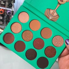 Nubian Eyeshadow(green) by Juvia's
