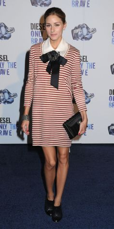 I love the rocker feel of how socialite Olivia Polermo accesorized this nautical Diesel frock! The black accesories add a preppy touch!
