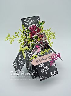 Stampin' Up! petal palette card in a box Pop Up Box Cards, 3d Cards, Cute Cards, Fancy Fold Cards, Folded Cards, Cricut Cards, Stampin Up Cards, Box Cards Tutorial, Palette