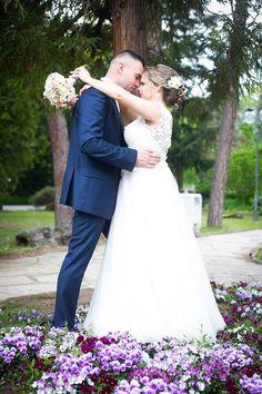 Real nevesta Alenka v šatách Dalmira od HADASSA Wedding Dresses, Fashion, Alon Livne Wedding Dresses, Fashion Styles, Weeding Dresses, Wedding Dress, Wedding Dressses, Fashion Illustrations, Wedding Gowns
