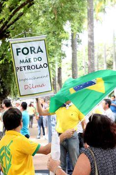 BELO HORIZONTE (MG) -manifestantes REPUDIAM A MÃE DO PETROLÃO!..