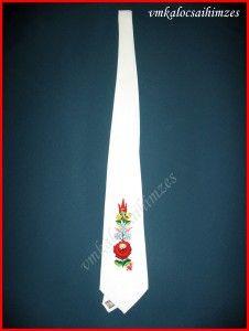 a5ca4331ef A(z) Kalocsai nyakkendők nevű tábla 17 legjobb képe | Kalocsai, Folk ...