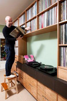Hi-fi and home cinema Record Shelf, Vinyl Record Storage, Record Display, Home Music Rooms, Vinyl Record Collection, Vinyl Room, Cd Storage, Audio Room, Dj Booth