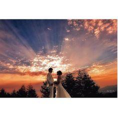 朝焼け #d_weddingphoto #weddingdress #weddingphotographer #weddinghair #bridal #bridalmakeup #l4l #sunrise #japan #like4like #ig_japan #lnstamood #love #beautifuldestinations #photooftheday #photooftheday #富士山 #mtfuji #ヘアアレンジ #日本の絶景 #花嫁ヘア #撮影 #ウェディングドレス #ウェディングニュース #ブライダルヘア #ヘアアレンジ #ヘアメイク #前撮り #sunrise #makeup