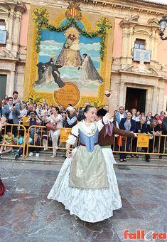 Dans Inf 2018 29 Regional, Disney Princess, Disney Characters, Dresses, Couple, Dress, Aprons, Elegance Fashion, Vestidos
