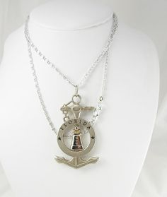 Lighthouse Spins Mechanical Anchor Pendant Necklace Vintage Nautical Florida Tourist Holidays Birthday Souvenir. This is a great lighthouse,