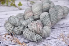 Todays update is now live!! Just head to edencottageyarns.com to have a peek. This is Linton Fingering in Foggy morning - its got subtle hints of peach and pink like the sun gently breaking through on a grey morning. - #edencottageyarns #yarn #wool #knitting #crochet