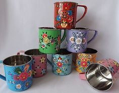 🌟Tante S!fr@ loves this📌🌟Pretty-Hand-Painted-Floral-Enamel-Tin-Mug-Camping-Garden-Red-Blue-Pink-Metal-Cup Dragon Tea, Hand Painted Mugs, Pretty Hands, Cute Mugs, Decoration, Coffee Cups, Red And Blue, Pottery, Tableware
