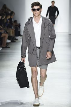 Calling Capri (the Italian island, that is): From the NYFW: Men's runway, a look from Todd Snyder's spring/summer 2016 collection #NYFWM #toddsnyderny #mensfashion