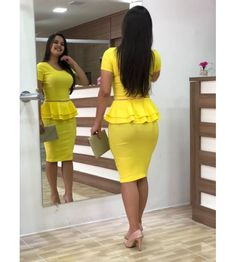 Simple Summer to Spring Outfits to Try in 2019 – Prettyinso Latest African Fashion Dresses, Women's Fashion Dresses, Dress Outfits, African Wear, African Dress, Cute Dresses, Dresses For Work, Formal Dresses, Work Fashion