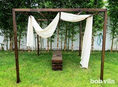 DIY Outdoor Privacy Screen and Shade Tutorial Small Pergola, Pergola Swing, Deck With Pergola, Cheap Pergola, Diy Pergola, Diy Patio, Pergola Ideas, Patio Decks, Covered Pergola