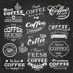 Verzameling van koffie shop schetsen, etiketten en typografie design op een schoolbord achtergrond — Stockillustratie #26670379