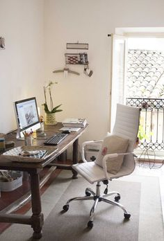 In love with finch & crane HQ!   I would love a tidy minimalist home office space like this.