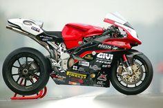 MV AGUSTA F4 Racing.