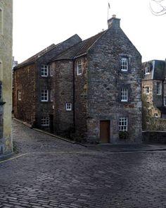 A Walk Through Dean Village in Edinburgh - A Lady and her Luggage