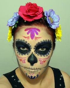 Krystyne went to the MSA Halloween dance and her costume featured make-up like this. LookD very kewl!! .mexicana