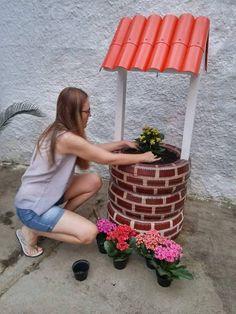 Nesse mês, uma amiga do Fika a Dika no Facebook, nos presenteou com o passo a passo (PAP) de uma de suas artes: o poço feito com pneus. Se...