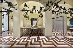 Parquet floor psychedelic, spot lights - Balenciaga store