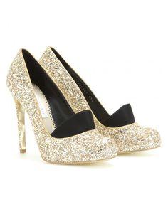 Des chaussures à visière