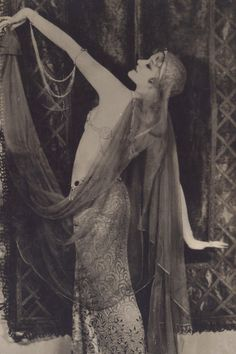 Greta Nissen, Harem Dance circa 1920s