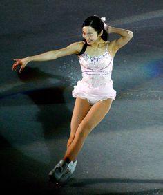 Star Fashion, Fashion Models, Womens Fashion, Russian Figure Skater, Figure Ice Skates, Ice Girls, Beautiful Athletes, Figure Skating Dresses, Lovely Legs