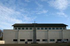 ..:: Kerkgebouwen in Limburg ::..architect: Dom van der Laan
