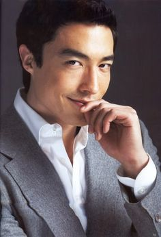 """Korean-American actor, Daniel Henney (mother is of Korean descent and father is of European-American descent). Loved him in """"Spring Waltz"""" on hulu! Asian Celebrities, Asian Actors, Korean Actors, Daniel Henney, European American, Korean American, Lee Min Ho, Dennis Oh, Namgoong Min"""