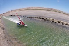 This is how they set the windsurfing speed records
