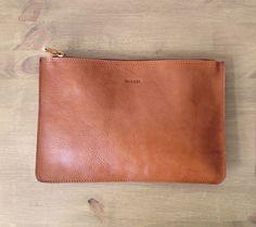 Leichte Brown Medium Clutch Leder Geldbörse Ipad mini von MISOUI