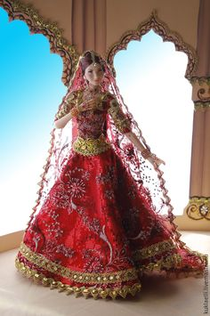 Order Girl in Indian dress. Arts and crafts fair. Barbie Dress, Barbie Clothes, Barbie Doll, Diva Dolls, Art Dolls, Barbie India, Anime Girl Dress, Bridal Lehenga Collection, Barbie Diorama