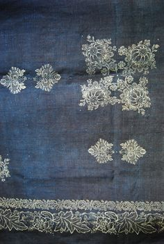 the latest vintage linen tablecloths from www.indigoandpeacock.co.uk