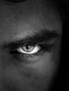 Portrait Photography Men, Photography Poses For Men, Fashion Photography, Black And White Portraits, Black And White Photography, Beautiful Eyes, Photoshop, Face, Covo
