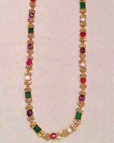 Mom Jewelry, Simple Jewelry, Bridal Jewelry, Antique Jewellery Designs, Gold Jewellery Design, Jewelry Patterns, Necklace Designs, Rakhi, Sherwani