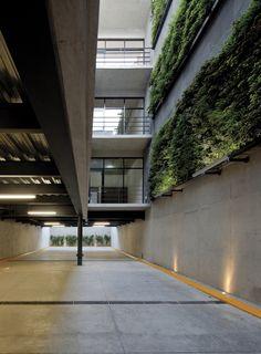 Pin Veredas Arquitetura --- www.veredas.arq.br --- Inspiração: Galeria de Prosperidad 49 / Taller Plan A - 2