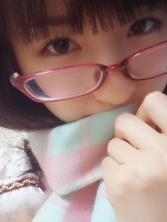 akibeya: (ヽ(。・ω ・。)ム ギュッ   乃木坂46 井上小百合 公式ブログから) ...   日々是遊楽也