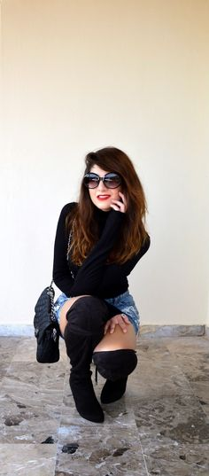 #thevirgostyle #blog #greek #blogger #fashion #style #ripped #denim #skirt #boots #suede #highknee #kneehigh #black #redlips