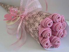 Cute way to dress up washcloths - flower bouquet