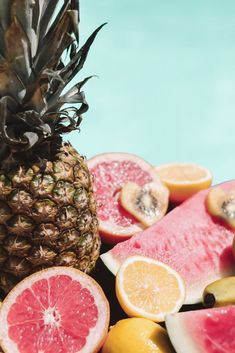 MALLORCA - co tam vidět? A co jsme tam stihli a nestihli za 5 dní Fruit Decorations, Wanderland, Summer Ideas, Grapefruit, Pineapple, Rabbit, Food, Pinecone, Pine Apple