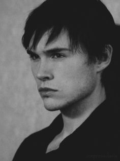 Sam Underwood as Mark Gray on The Following... pretty sure I'd faint if he was standing near me, haha