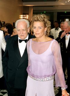 A Retrospective: Red Cross Ball - Monaco - Page 3 Princess Grace Kelly, Princess Stephanie, Camille Gottlieb, Patricia Kelly, Real Life Princesses, Prince Rainier, Monaco Royal Family, Royal Prince, Elisabeth