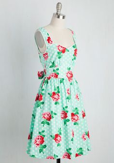 Waking early, you don this floral and dotted dress to meet the day with a stroll along the shore. Part of our ModCloth namesake label, this mint and rosy red frock features a sweetheart neckline, bow-tied back, and roomy pockets, so while you revel in the pink-tinged sky, passersby smile at the sight of your style!