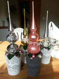 Discover recipes, home ideas, style inspiration and other ideas to try. All Things Christmas, Christmas Time, Christmas Crafts, Christmas Ornaments, Decoration Table, Xmas Decorations, Christmas Tree Toppers, Holidays And Events, Diy Christmas Decorations