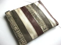 Dee Hewitt // handmade leather bags, pouches, card holders