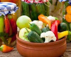 Recette de Pickles de légumes à l'aigre doux Pickles, Cucumber, Healthy, Sauces, Food, Spice, Sprouts, Preserves, Essen