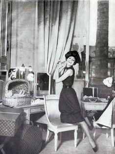 Audrey Hepburn in Christian Dior, photo by Richard Avedon, 1959