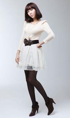 Short Skirts, Mini Skirts, Colored Tights, White Tulle, Girls Wear, Wearing Black, Asian Girl, Skater Skirt, Nice Dresses