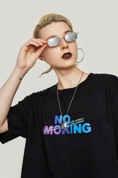 T Shirt Logo Design, Tee Shirt Designs, Tee Design, Hang Ten, Boys T Shirts, T Shirts For Women, Yeezy Fashion, Japanese Streetwear, Techno