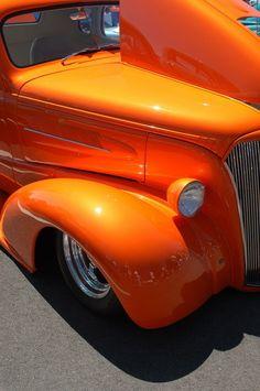 5 In 1 Electric Shaver with 5 Floating Heads for Beard, Nose, Ear Hair Trimmer Razor Vintage Cars, Antique Cars, Vintage Ideas, Orange Crush, Vintage Bicycles, Paint Shop, Pantone Color, Plastic Models, Orange Color